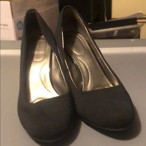 Band Bling heels size 7
